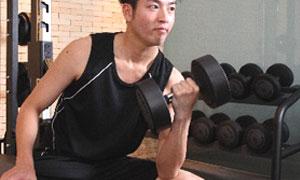 格闘技プロ選手がトレーナーのパーソナルトレーニング(総合格闘技道場コブラ会・大阪市)ウエイトトレーニング