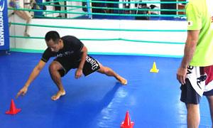 格闘技プロ選手がトレーナーのパーソナルトレーニング(総合格闘技道場コブラ会・大阪市)サーキットトレーニング